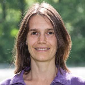 Dr. Nicole Kikillus